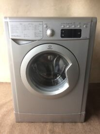 Indesit 8kg washing machine(delivery available)