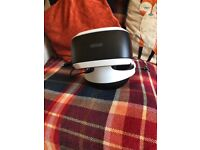 White Ps4 slim with vr bundle
