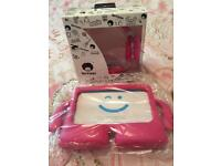 Earphone and tablet cover new in pink