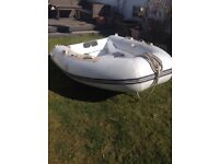 Inflatable dinghy with aluminium hull