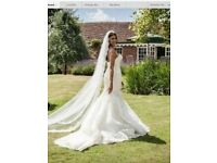 Enzoani Dakota Venetian lace wedding dress