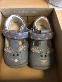 Clarks first shoes with box