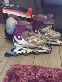 Girls skates size 2.5