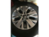 Original VW Alloy wheels (with tyres) for Caravelle / Transporter / T5 / T6 [215/65 R16]