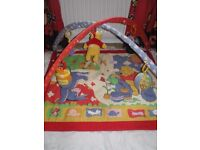 play mat with arch