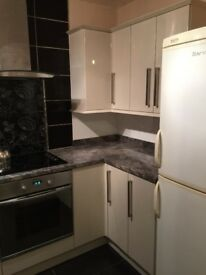 **UPDATED**2 Bed Fully Furnished House. Close to bridgend town, POW hospital, M4, McArther Glen.