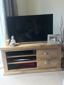 1 year old Oak finish Tv Unit 120cm basically brand new