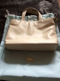Ladies Yoshi Cream Coloured Leather Handbag