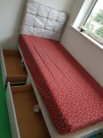 Single Bed x2