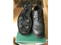 Junior golf shoes from Hi-Tec, size 6