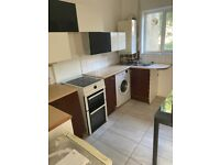 Spacious 2 bed house only part dss welcome
