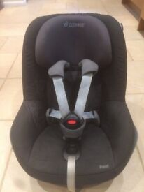Maxi Cosi - ISOFIX FamilyFix Base PLUS Maxi Cosi Pearl Car Seat