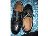 Steel toe cap leather shoes size nine