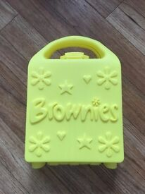 Brownies lunch box / sandwich box / promise box