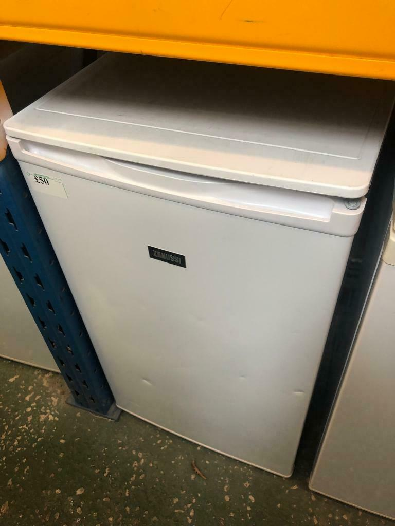 White zanussi under counter fridge available today  37aa79800277e