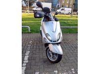 YAMAHA YP125R 2005 ONLY 21,000 MILES