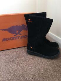 Rocket Dog Sugar Daddy suede boots Black sz 5
