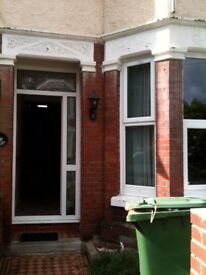 *5 Bed Student House to let for 2018-19. No fees & Low Deposit*