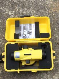 Leica Runner 20 site level, builder level, working order