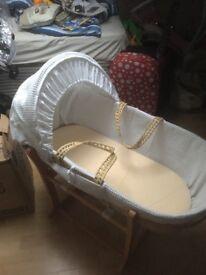 Rocking wicker baby basket, excellent condition