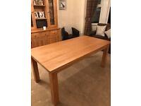 BEAUTIFUL SOLID OAK DINIBG TABLE 6'X3' SEAT 6