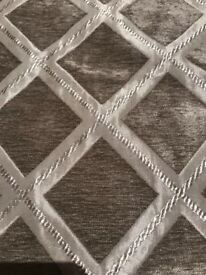 Single New Curtain