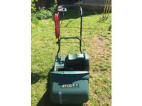 Lawnmower - Windsor 14S . An 14-inch Self Propelled Electric Cylinder Lawnmower