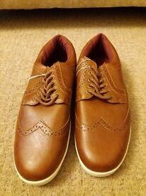 Gents Shoes Size 8