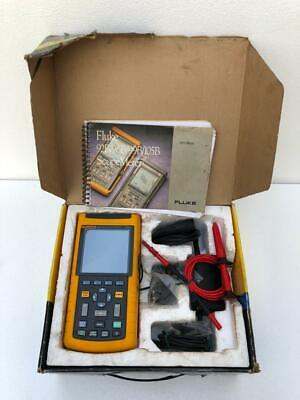 Fluke 123 Industrial Scopemeter 20 Mhz With Accessories Without Battery