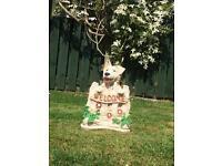 Welcome cocker spaniel garden ornament.