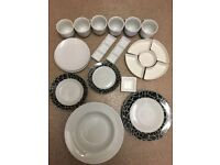 6 Cups, 7 Side Plates, 4 Large Bowls, 4 breakfast bowls, 4 Dinner Plates, Dipping Set
