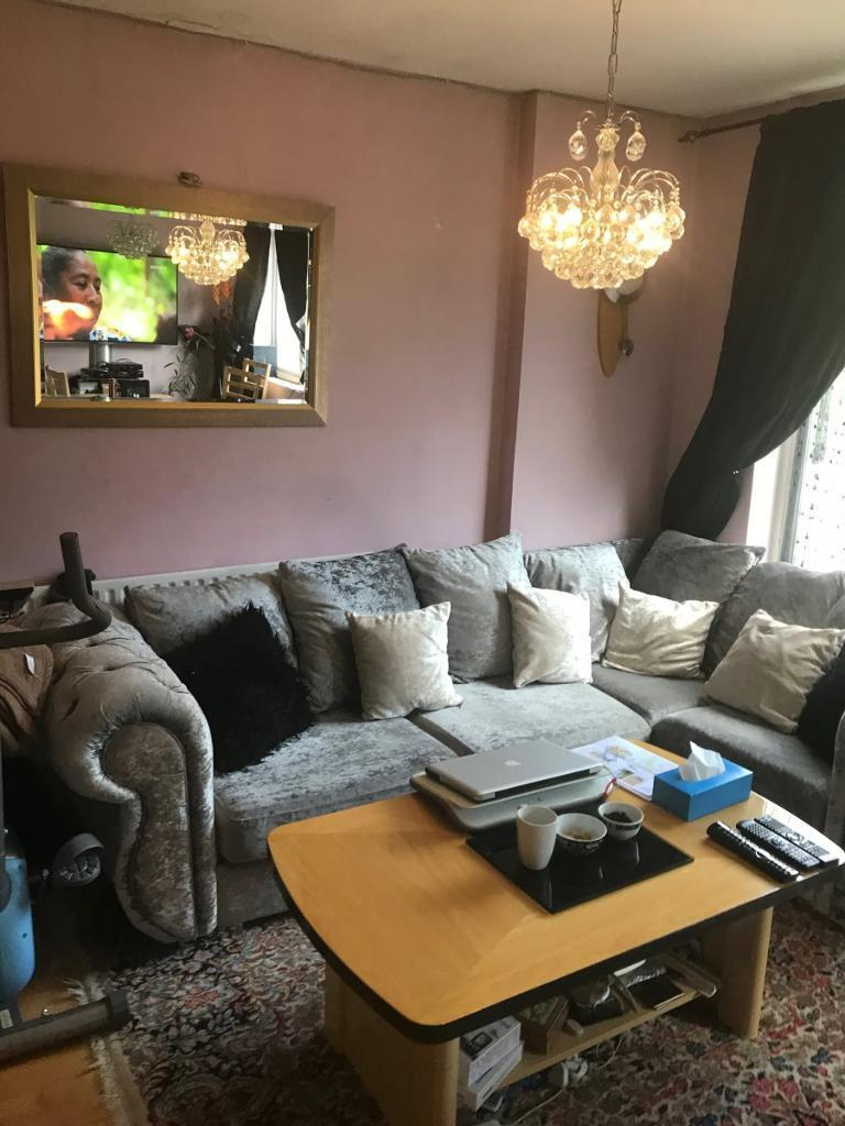 4 bedroom house in Brent Park Road,, Hendon
