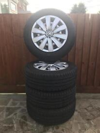 VW T5 WHEELS AND HUBCAPS