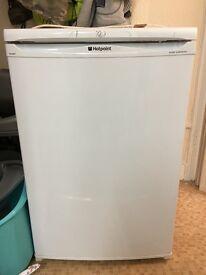 White hot point fridge