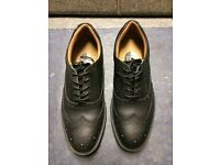 As new Gents City Knights safety shoes size 10