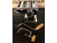 PASTA MAKER AMPIA MODEL 110MM DELUXE NEVER BEEN USED £7