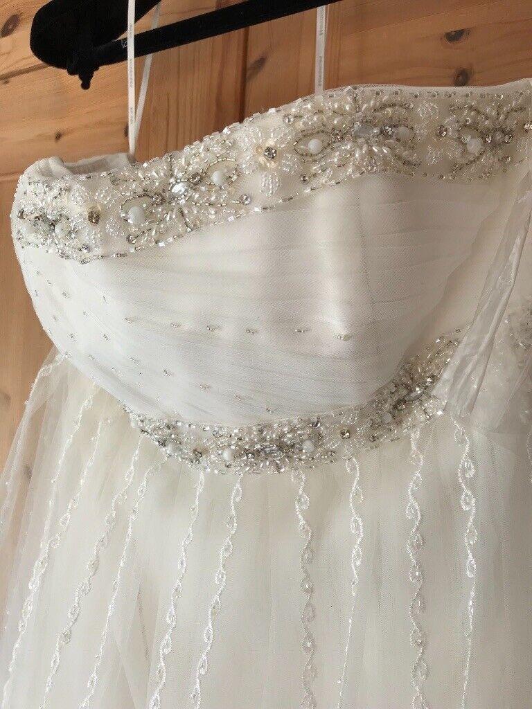 5a366ca291d4 Pronovias Helio wedding dress | in Bishops Stortford, Hertfordshire ...