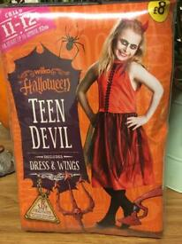 Halloween children and teens - Girls