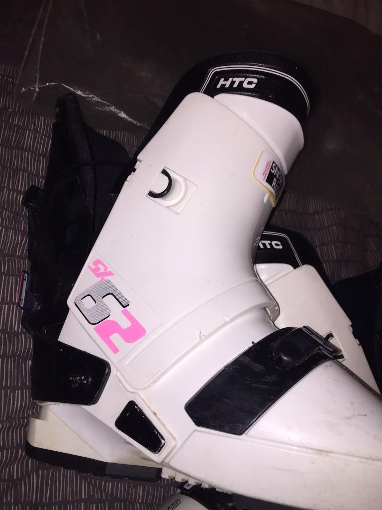 35a43e5211d5 Genuine Snow + Rock Salomon SX62 HTC Snowboarding Boots 330 With Bag