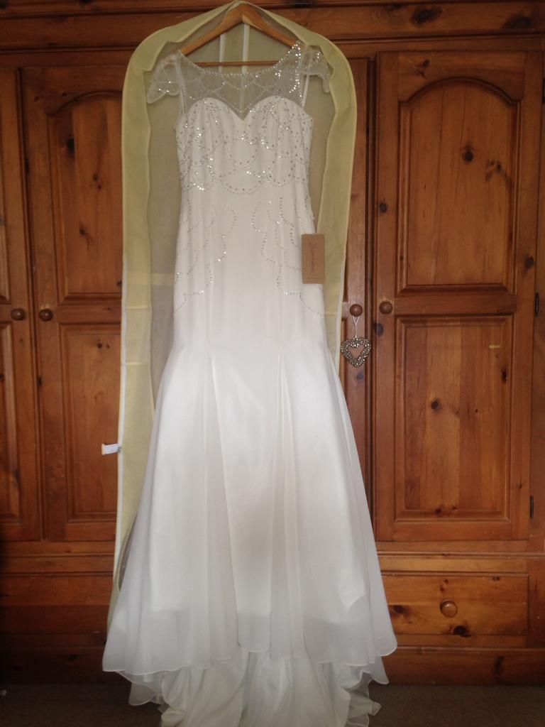 Brand new fit and flare wedding dress