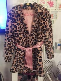 Fab faux fur leopard print coat by Chilli pepper size 10