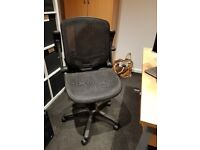 2 x Black Mesh Ergonomic Office Chairs