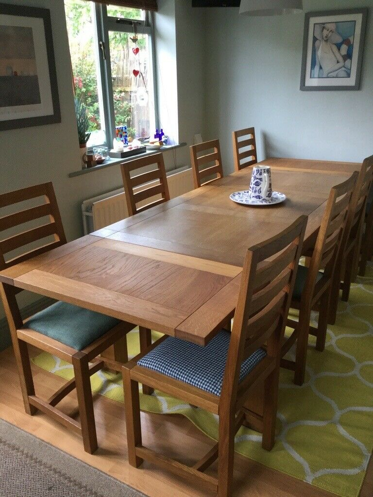 Tremendous Solid Oak Extending Dining Table And 8 Chairs In Whitley Bay Tyne And Wear Gumtree Inzonedesignstudio Interior Chair Design Inzonedesignstudiocom