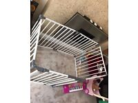 Baby gate baby play pen