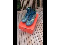 Nike Mercurial Superfly- PRO FG Size 6
