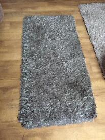 Grey taupe rug