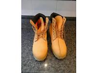 Gents Timberland boots sand colour size 10