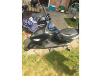Piaggio Fly 125cc moped