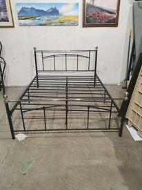 Yani Kingsize Metal Bed Frame - Black No211213