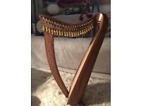 22 strings Celtic harp with 22 levers